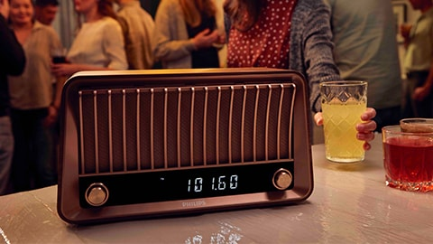 """Philips"" retro stiliaus, vintažinis ""Bluetooth"" garsiakalbis su radiju – TAVS700"